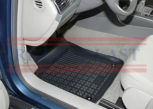 http://www.max-dywanik.nazwa.pl/max-dywanik/Katalog%20Dywaniki/Dywaniki%20gumowe/REZAW-PLAST/Rezaw-Plast%20przykladowe%20fotki/Dywaniki%20w%20samochodzie%20kierowca.jpg